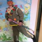 веселый индеец на детский праздник