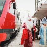 Дед Мороз и Снегурочка для детей в школе